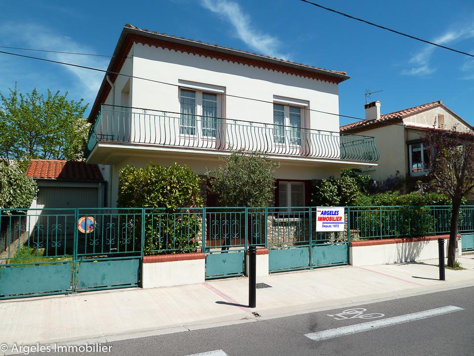 Vente achat maison sans mitoyennet 2 appartements argeles for Acheter maison collioure